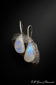 moonstone-earrings-silver